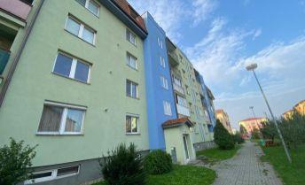 Ponúkame na predaj 2 izbový by po kompletnej rekonštrukcii v Pezinku