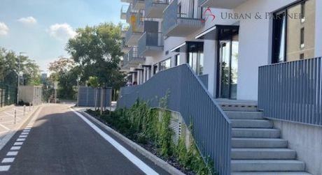 Predaj nebytového priestoru na Jarabinkovej ulici v Ružinove