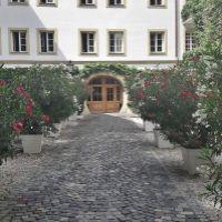 Dvojgarsónka, Bratislava-Staré Mesto, 37 m², Čiastočná rekonštrukcia