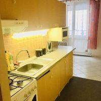 3 izbový byt, Levice, 68 m², Čiastočná rekonštrukcia