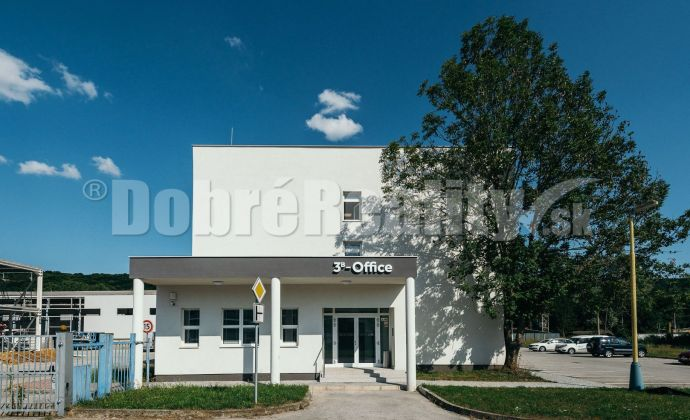 PRENÁJOM:  24 kancelárií v 3B Office, 17 m2, Zvolenská cesta, Banská Bystrica