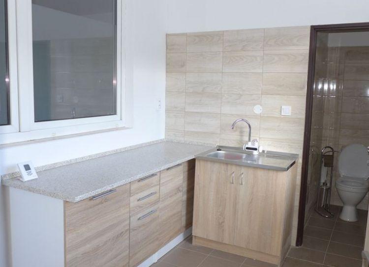 Prenájom 2 izbový byt 45m2 Žilina Bánová