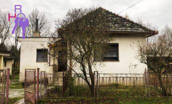 Rodinný domček/Rekreácia/POZEMOK 731m2