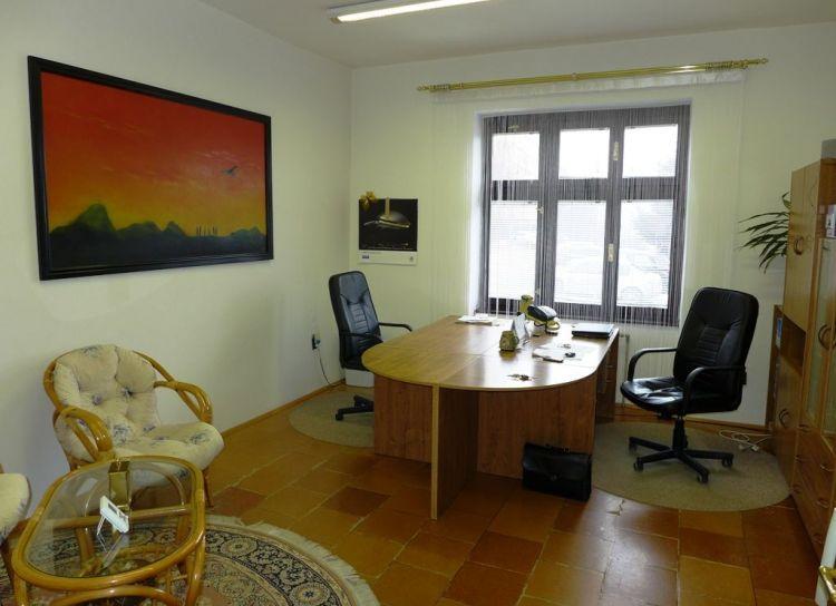Prenájom kancelárske priestory 89 m2 s parkovaním