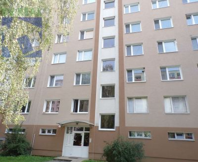 Kúpa 3 izbového bytu Prievidza sídlisko Necpaly 70169