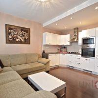 3 izbový byt, Nové Zámky, 62 m², Čiastočná rekonštrukcia