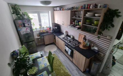 EXKLUZIVNE ! Na predaj:  pekný 2-izbový kompletne zrekonštruovaný byt v centre mesta časť -FORTNIČKA