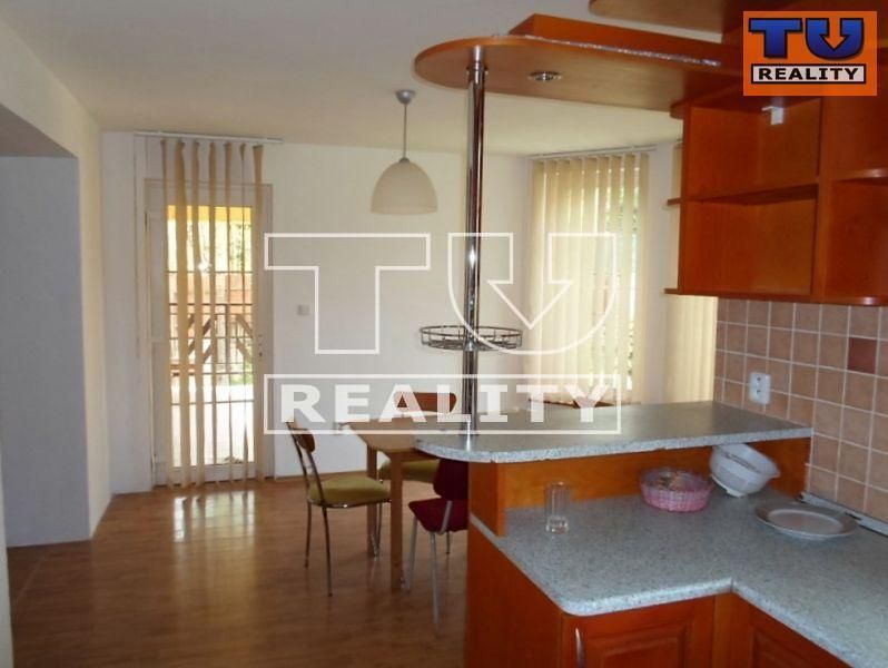 Rodinný dom-Predaj-Lučenec-185960.00 €