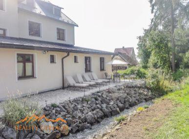 Penzión v tichej lokalite pod Tatrami .
