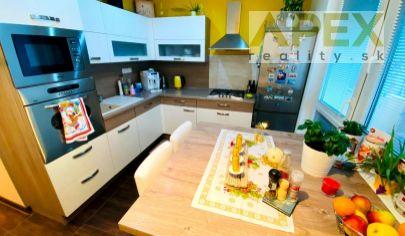 Exkluzívne iba u nás v APEX reality 3i. byt s loggiou po rekonštrukcii na Gaštanovej ul., 75 m2