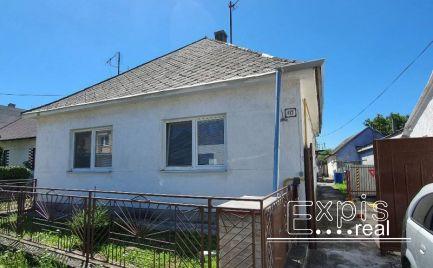 PREDAJ rodinného domu v Sološnici s pozemkom 942m2 - EXPISREAL