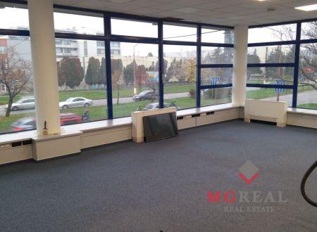 Kancelársky priestor 110,34 m2 v širšom centre Bratislavy