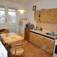 3 izbový byt, Žiar nad Hronom, 70 m², Pôvodný stav