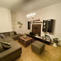 2 izbový byt, Valaská, 59 m², Čiastočná rekonštrukcia
