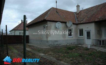 OSTRATICE / Starši rodinný dom / 3 izby / pozemok 2.096 m2 / IBA U NÁS !!!