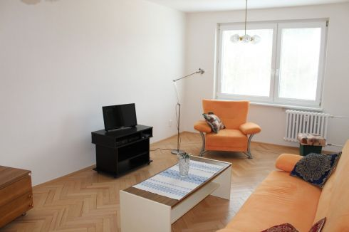Dvojizbový byt s balkónom na prenájom Vlčince