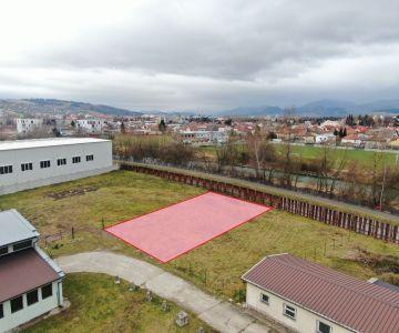 Pozemok na priemyselnú výstavbu na predaj