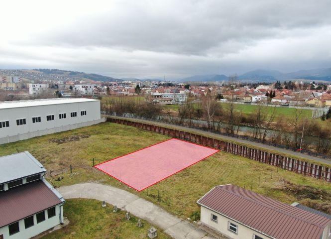 priemyselný pozemok - Liptovský Mikuláš - Fotografia 1