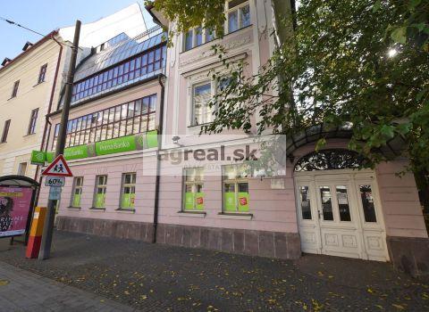 Obchodný priestor 212 m2 Hviezdoslavovom námestí - centrum BA
