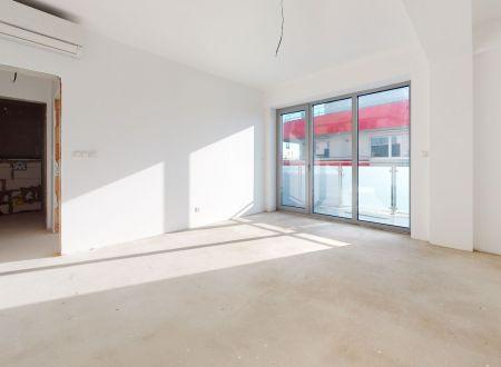 REZERVOVANÝ   Nový 3 izb. apartmán č.43/111,1m2, balkón 11,3 m2/ Gallery Piešťany