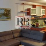 1.izbový byt na Malokarpatskom námestí v Bratislave -  Lamači