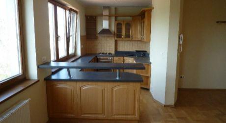 Predaj 5 izbového nadštandardného bytu s terasou na Štefánikovej ulici v centre