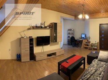 REZERVOVANÉ - 2-izbový byt s balkónom na predaj - Liptovský Hrádok