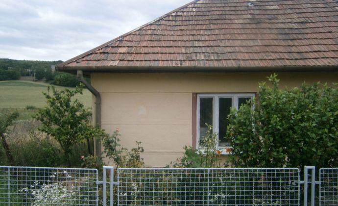 Rodinný dom v obci Semerovo na predaj !!!