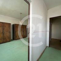 2 izbový byt, Sečovce, 56 m², Pôvodný stav