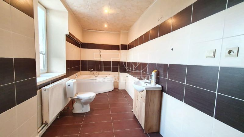 Rodinný dom-Predaj-Lovinobaňa-44900.00 €