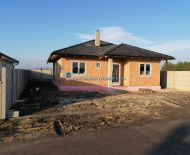 DIAMOND HOME s.r.o. ponúka Vám na predaj exkluzívny 4izbový rodinný dom neďaleko od Dunajskej Stredy v obci Kostolné Kračany!