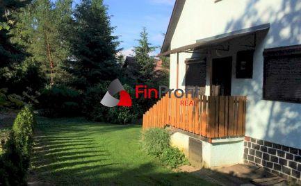 Predávam chatu vo výbornej lokalite v  rekreačnej oblasti Duchonka.