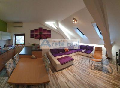 Areté real – predaj veľmi pekného, priestranného podkrovného 3-izb. bytu v Bernolákove
