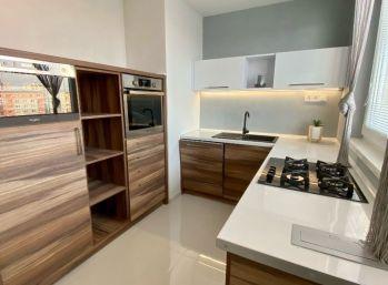 3 izbový kompletne zrekonštruovaný byt na Starom juhu