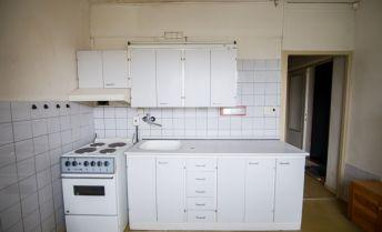 Jednoizbový byt na Nábreží na predaj