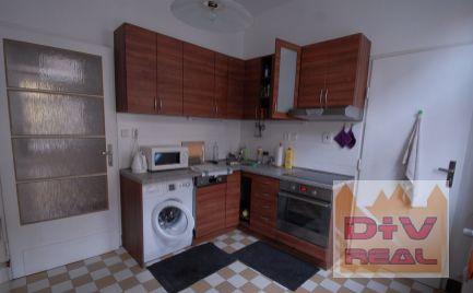 3 izbový byt, Grosslingova ulica, Bratislava I, Staré Mesto, čiastočne zariadený