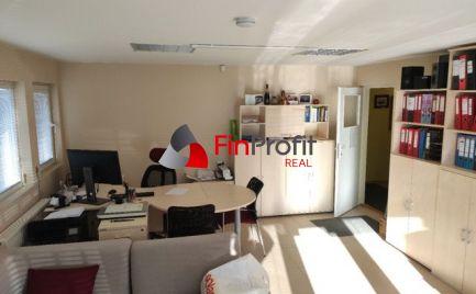 Prenajmem kancelárske priestory v Nitre na Čermáni - 29m2, 350 € s energiami.