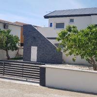 Bytový dom, 100 m², Kompletná rekonštrukcia