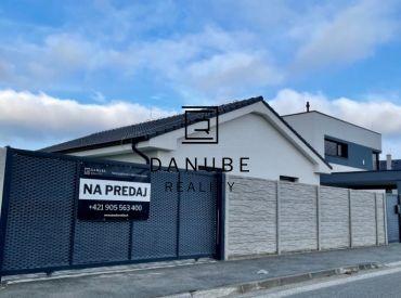 Predaj priestranný 4 izbový Rodinný dom Bungalov, Achátová ul., Bratislava – Podunajské Biskupice