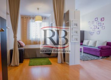 1i bytu s balkónom, Bratislava -Petržalka na Vyšehradskej ulici
