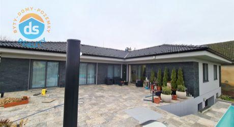 Na predaj Novostavba Bungalov, Garáž, Bazén, 1.730 m2, Veľké Bierovce