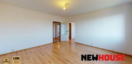 **Predaný** - Ponúkame na predaj priestranný a slnečný 3i byt v žiadanej lokalite v meste Trenčín