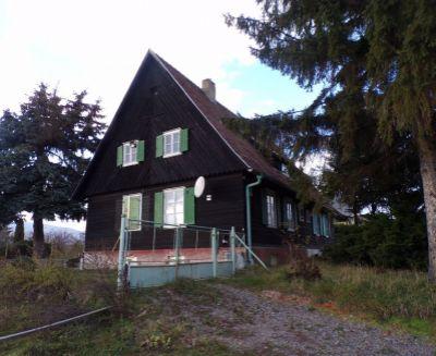 Na predaj rodinný dom 822 m2 Nitrianske Pravno 70179