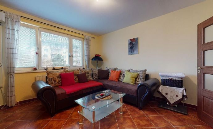 PREDAJ - rekonštruovaný 2 izbový byt v tichej časti Ružinova