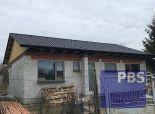 --PBS-- ++TOP PONUKA++ NOVOSTAVBA bungalov 4+1, pozemok o výmere 533 m2, obec DVORNÍKY++