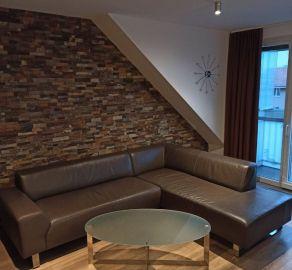 StarBrokers – Prenájom pekného zrekonštruovaného 3-izbového bytu pri Račianskom mýte