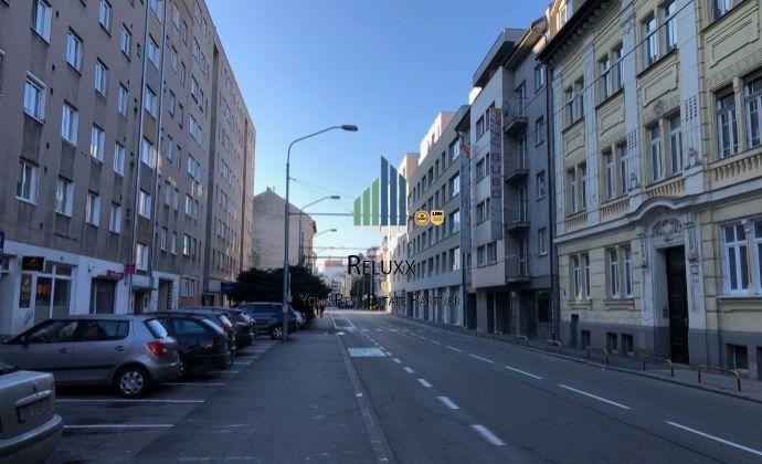 BA I Dunajská centrum Staré Mesto prenájom v novostavbe AB samostatného kancelárskeho celku 224,60 m2 s vlastným zázemím