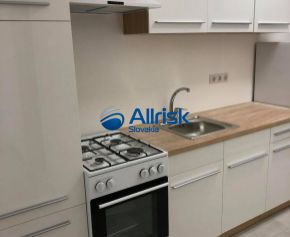 PRENÁJOM 3-izbový byt po kompletnej rekonštrukcii