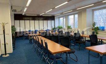 Miestnosť na multifunkčné využitie, kancelária, open space, prevádzkový priestor, priestor na cvičenie...