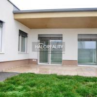 Rodinný dom, Topoľníky, 140 m², Novostavba